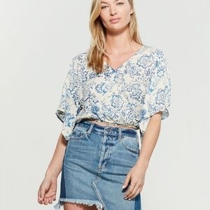 Polly & Esther Printed Blue White Surplice Top NWT